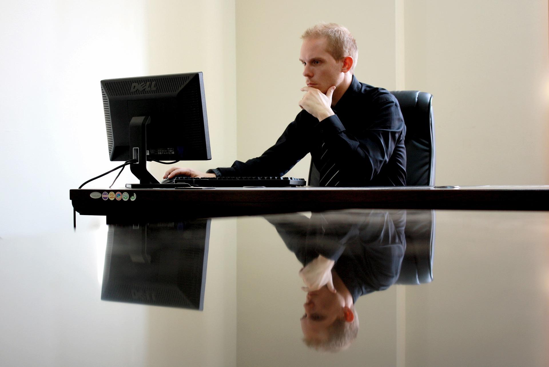 Beden Sağlığını Tehdit Eden Önemli Başlık: Oturuş Bozukluğu